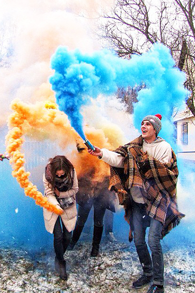 цветной дым в Строителе, Короче и Белгороде